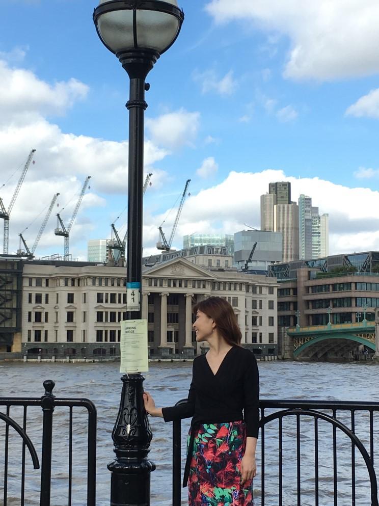 ロンドン赤2